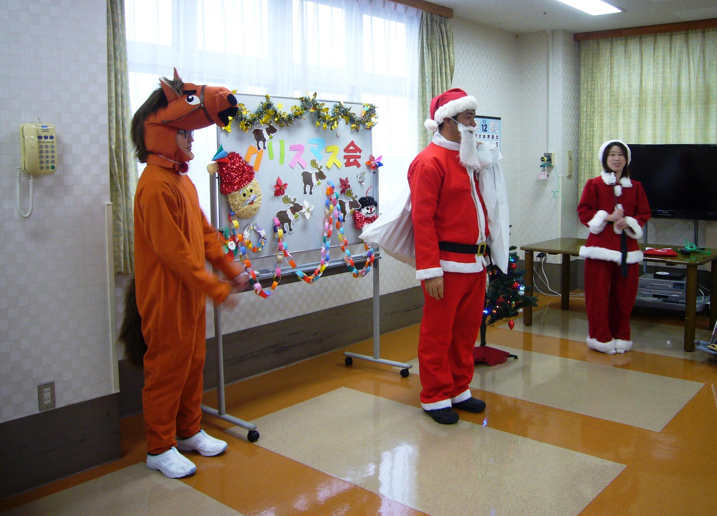 川西湖山病院「クリスマス会★サンタさんがやってきました♪」