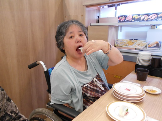 ★湖山ケアサービス米沢★ みんな大好き!お寿司!!★