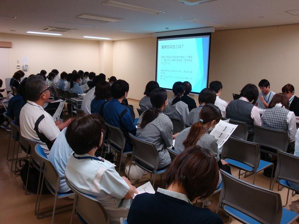 川西湖山病院 勉強会「重要感染症発生時の対応について」