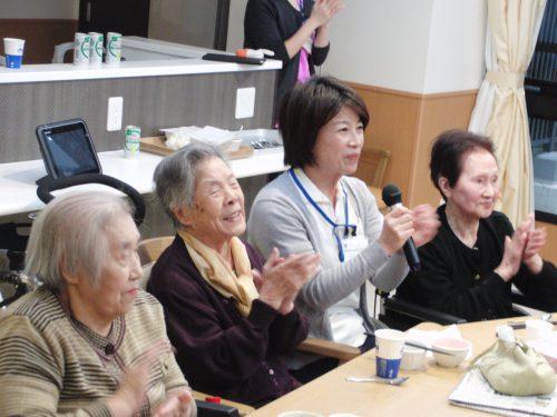 【老健オー・ド・エクラ】ミニ忘年会🍷その①山吹ユニット