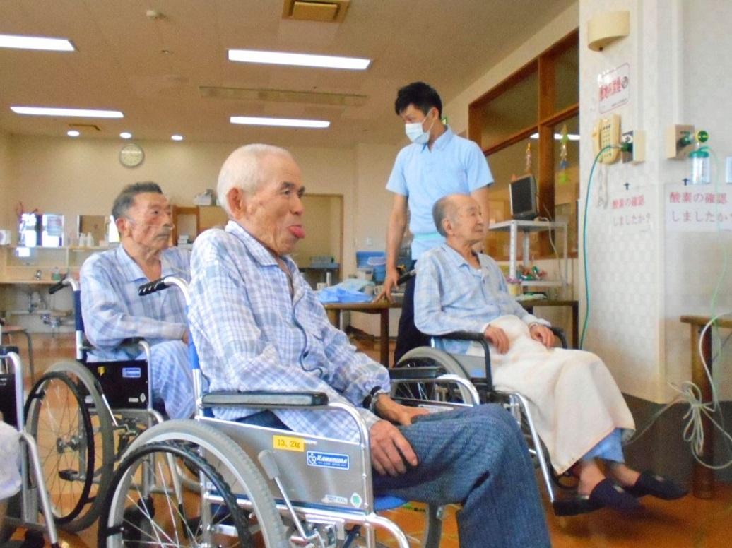 川西湖山病院 リハビリテーション科「口腔体操👄」