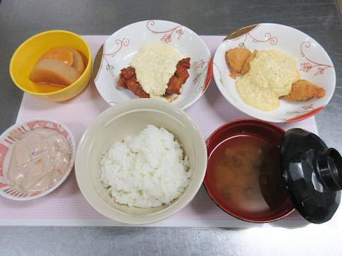 川西湖山病院 栄養科「11月のお楽しみ選択食(^^♪」