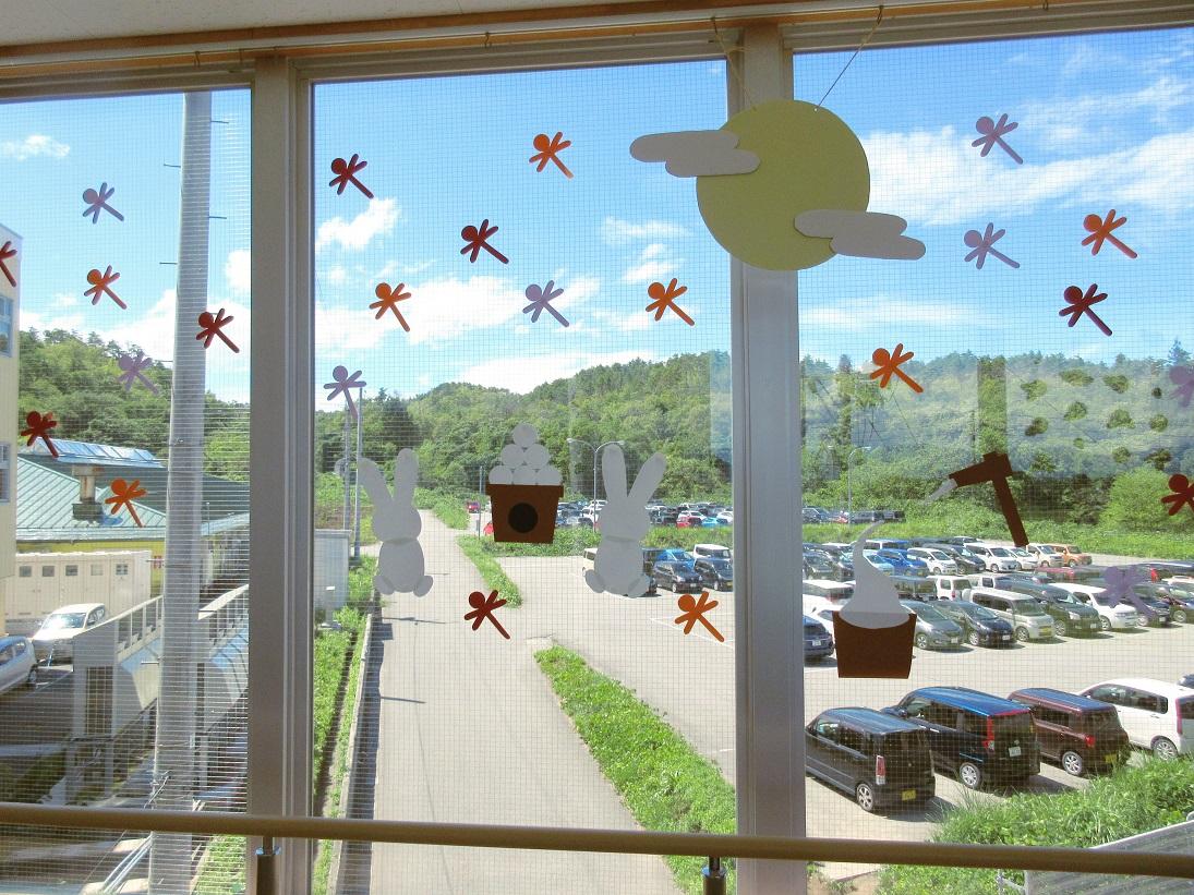 川西湖山病院 行事委員会「渡り廊下装飾~8・9月~」