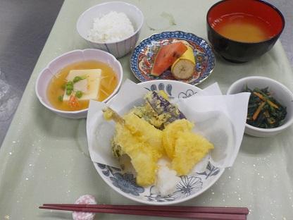 楓の家 夏野菜の天ぷらメニュー